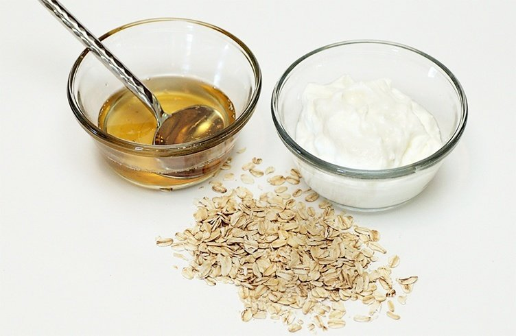 Yogurt and Oatmeal Face Mask
