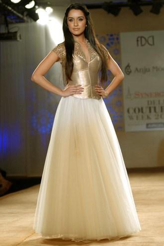 Anju Modi collections