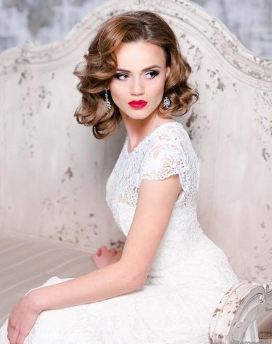 Groovy Wedding Hairstyles For Short Hair Brides Tying The Knot This Winter Short Hairstyles Gunalazisus