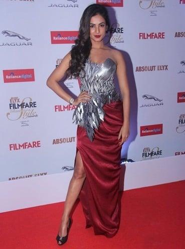 Sonal Chauhan Amit Aggarwal dress
