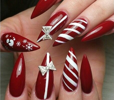 Stiletto nail colors