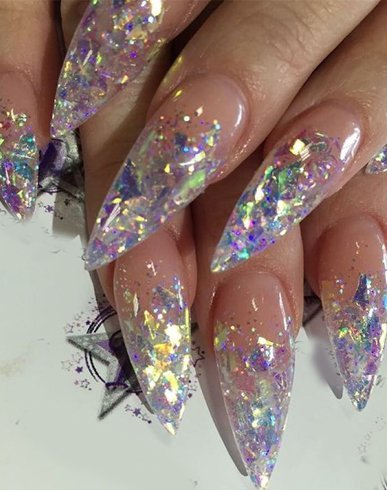 Stiletto nail tips