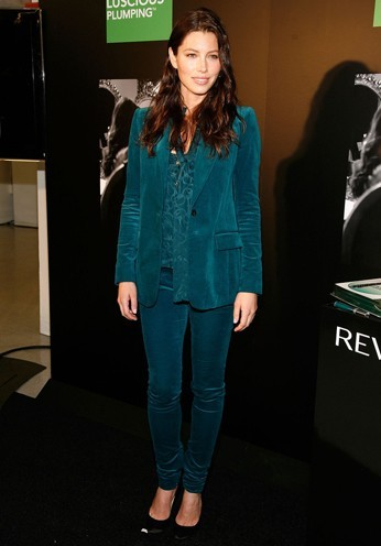 Famous Celebs Wearing Women S Pants Suits And Rocking