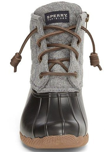 Fashionable Snow Boots For Women To Wear When Going To The Snowy ...