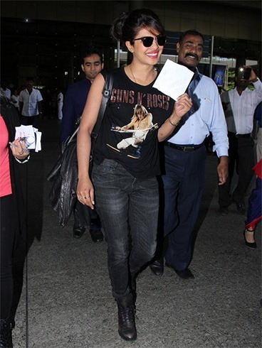 Bollywood celebrities flying fashion