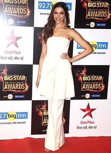 Deepika Padukone at Big Star Entertainment Awards 2015