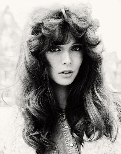 We Want The 70s Hair Styles Back: Ways To Master The Fringes & Bangs ...