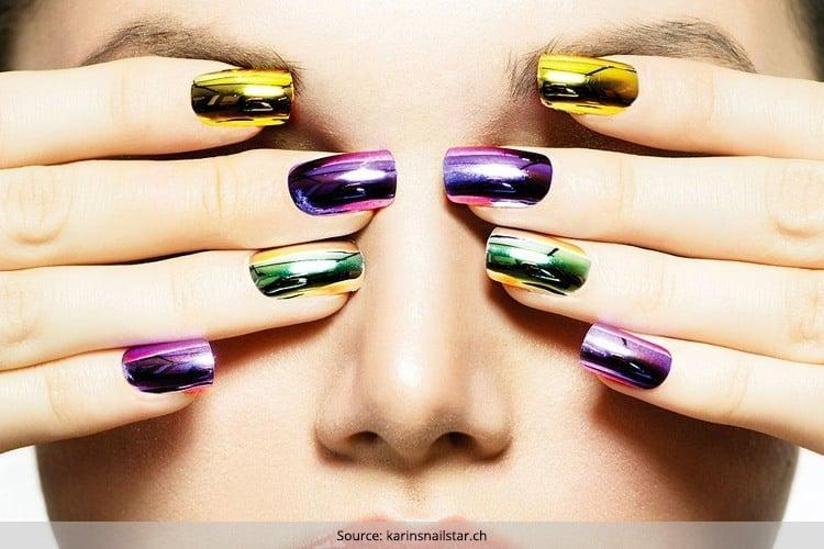 Gorgeous Looking Mirror Nails For Dashing Divas