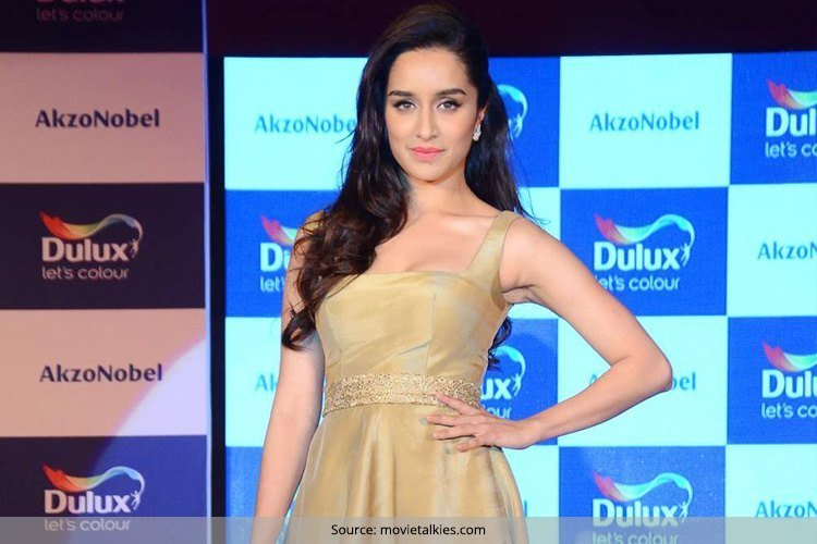 Shraddha Kapoor at Duluxs Colour Of The Year 2016