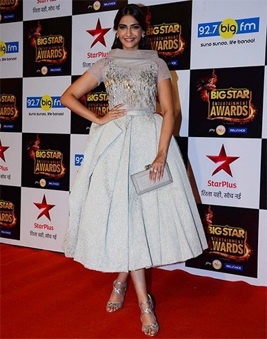 Sonam Kapoor at Big Star Entertainment Awards 2015