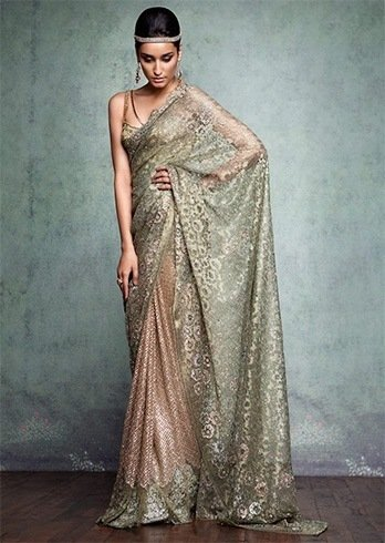 16a8ce7085 Master Of Drape: Befitting Tarun Tahiliani Collection For Your ...
