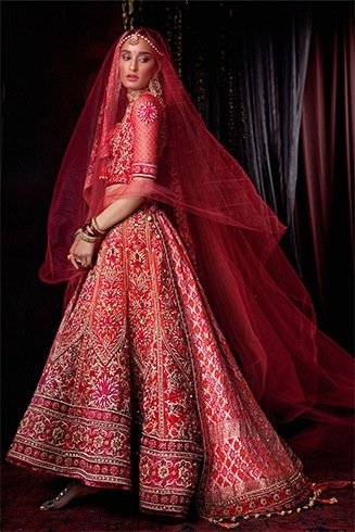 Tarun Tahiliani red ehenga with zardosi embroidery