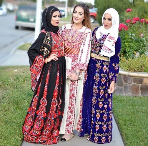 traditional dress of palestine
