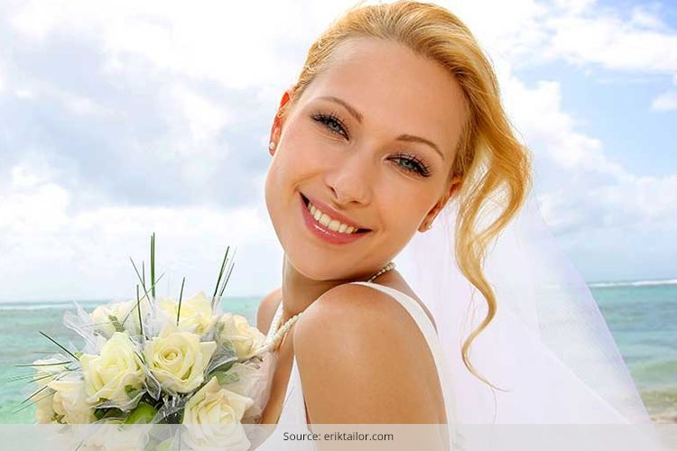 Beach Bridal Makeup Ideas : Five Beach Wedding Makeup Tips