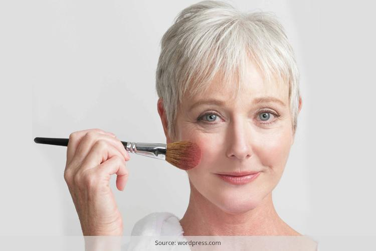 How to apply makeup for mature skin