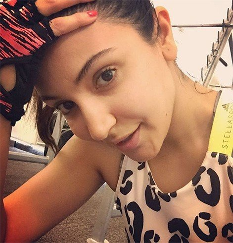 Anushka Sharma without makeup