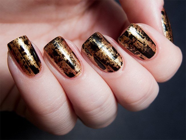 Black Nail Polish With Gold Design