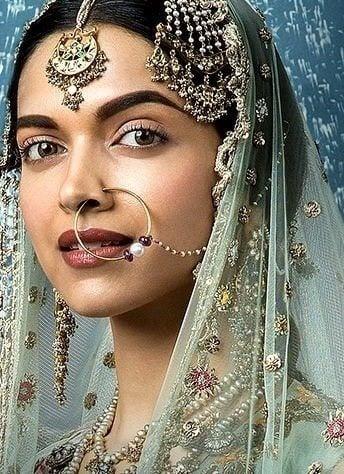 Deepika Padukone Makeup In Bajirao Mastani