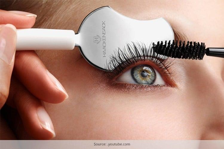 How To Apply Mascara On Eyelashes