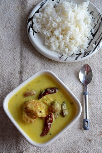 Kadhi and rice