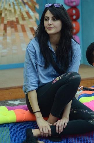 Mandana Karimi in Bigg Boss 9