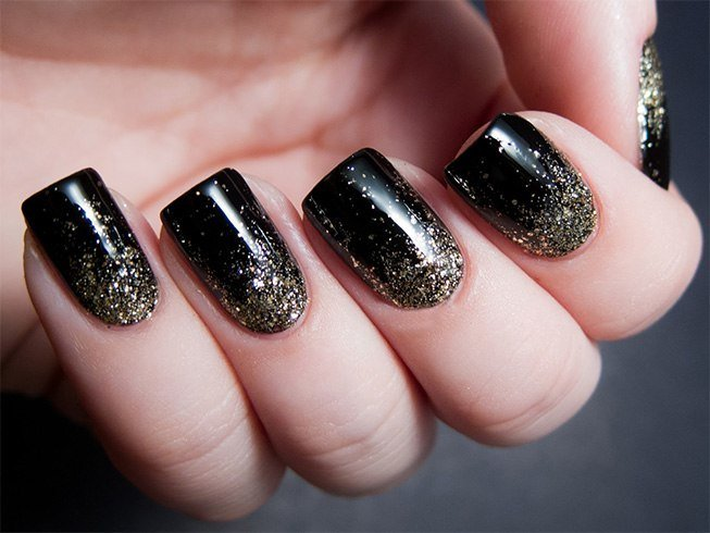 Nail Polish Design Ideas At Home - Sensational And Sumptuous Gold And Black Nail Art Designs
