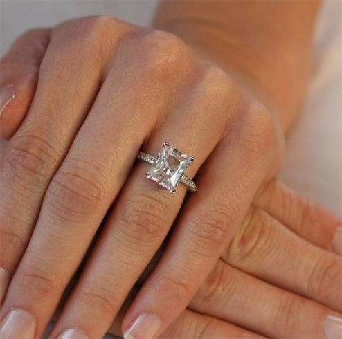 Radiant cut diamond rings