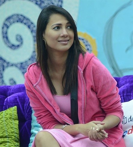 Who Wore What In Bigg Boss 9