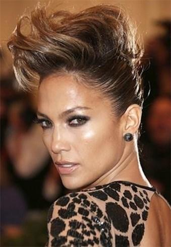 Jennifer Lopezs Bun
