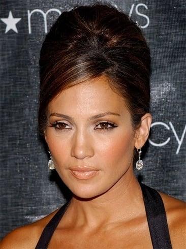 Jennifer Lopezs Half-Up Bun Hairstyle