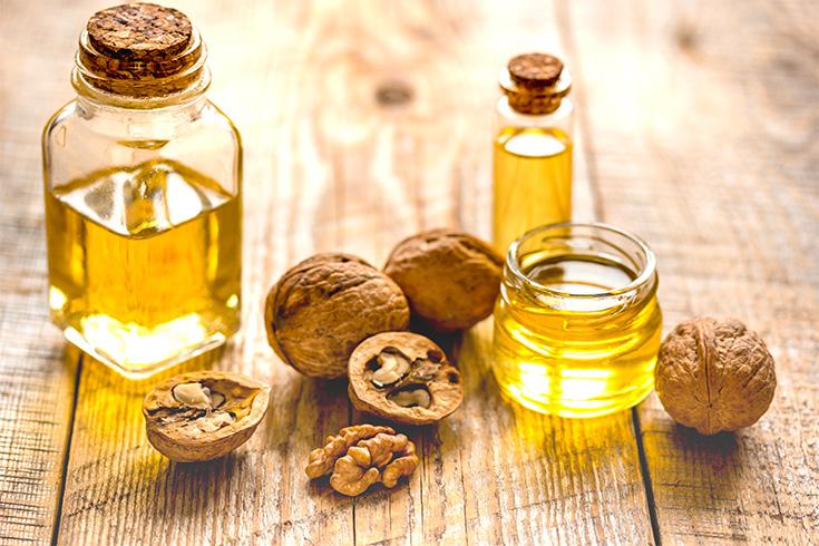 Walnut Oil for Split Ends