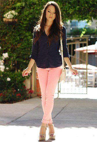 How To Wear Baby Pink Jeans