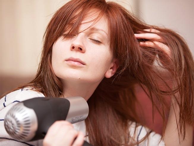 causes of hair breakage