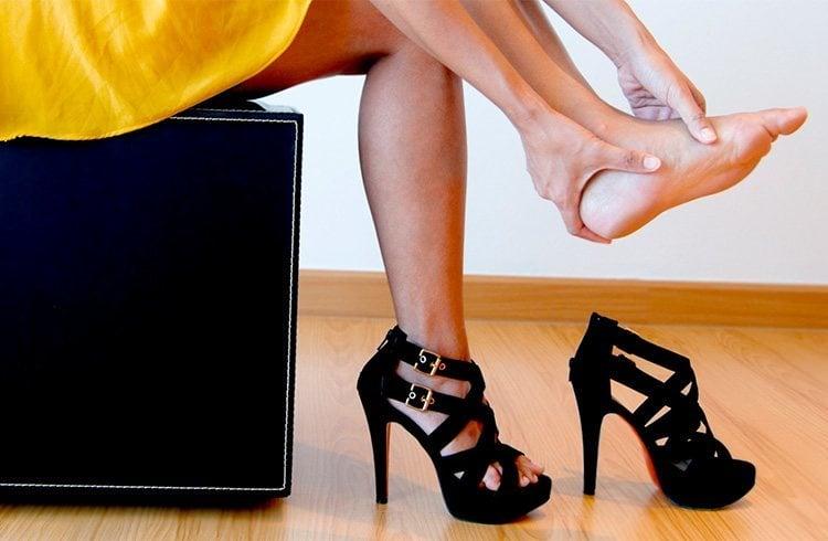 Knee pain after wearing heels