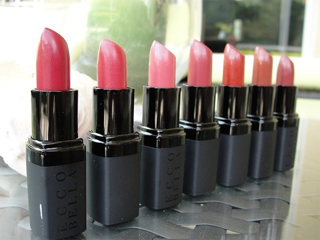 7 Best Organic Lipsticks For Purely Kissable Pout