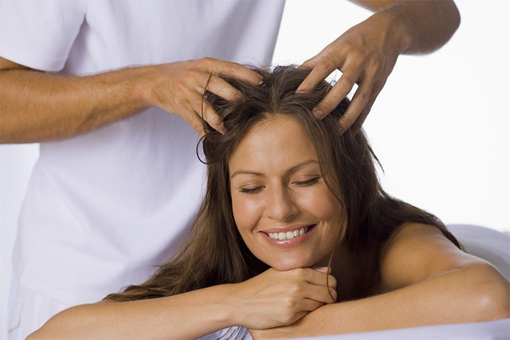 Oil massage for hair