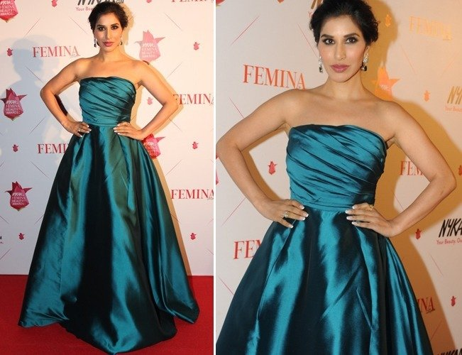 Sophie Choudry in Gauri and Nainika