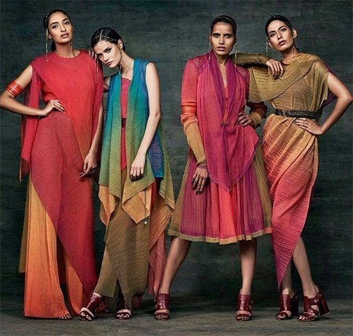 tarun tahiliani summer collections