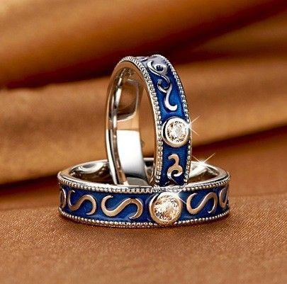 Vintage promise rings for couples