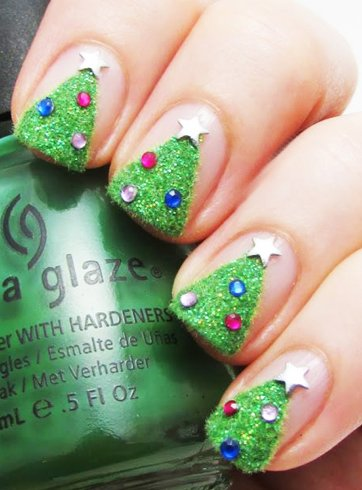 Christmas tree nail designs