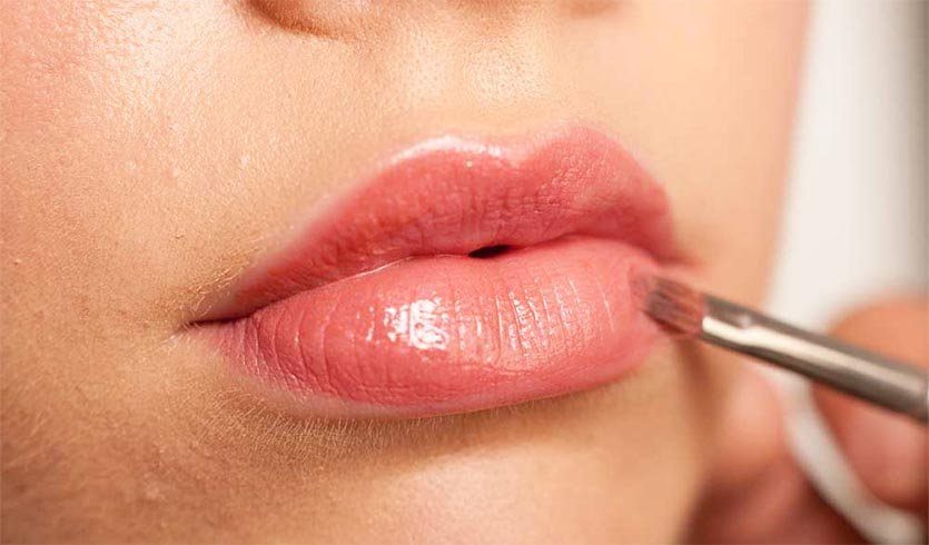 Contour For Thick Upper and Lower Lips