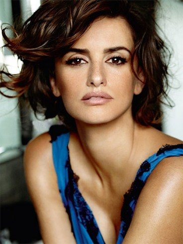 Penelope Cruz New Haircuts
