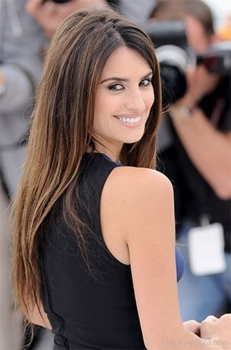 Penelope Cruz Straight Hairstyle