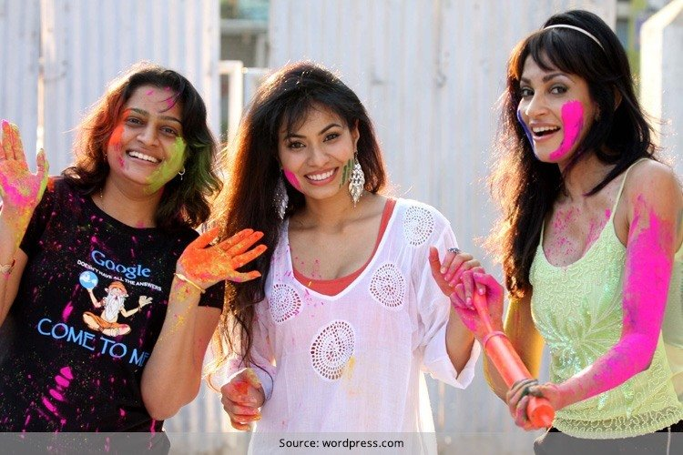 Beauty Tips For a Safe Holi