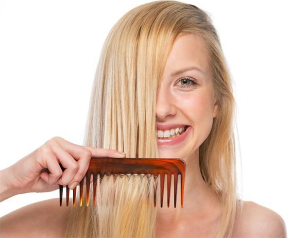 Combing Hair Causes Hair Loss