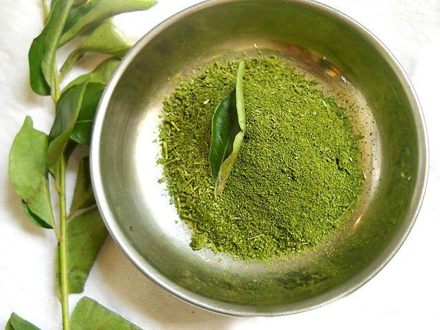 Curry Leaves For Hair Fall Control