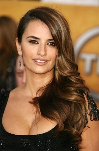 30 Penelope Cruz Hairstyles You Could Steal
