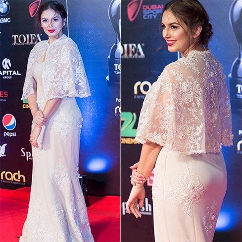 Huma Qureshi at 2016 TOIFA