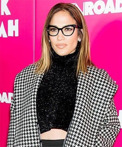 Jennifer Lopez reading glasses