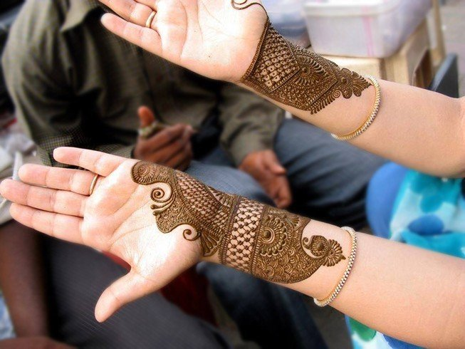 Unique Mehandi Designs